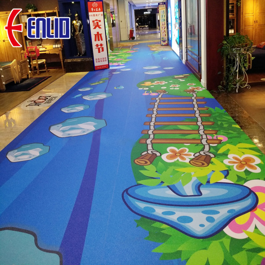 Gym mat in plastic flooring with customized pattern