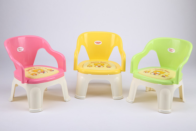 Plastic Table Chair