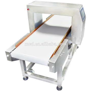 Metal detector of instant noodle production line