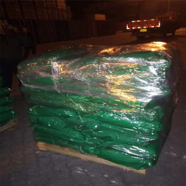 Chrome Green pigment for cement products