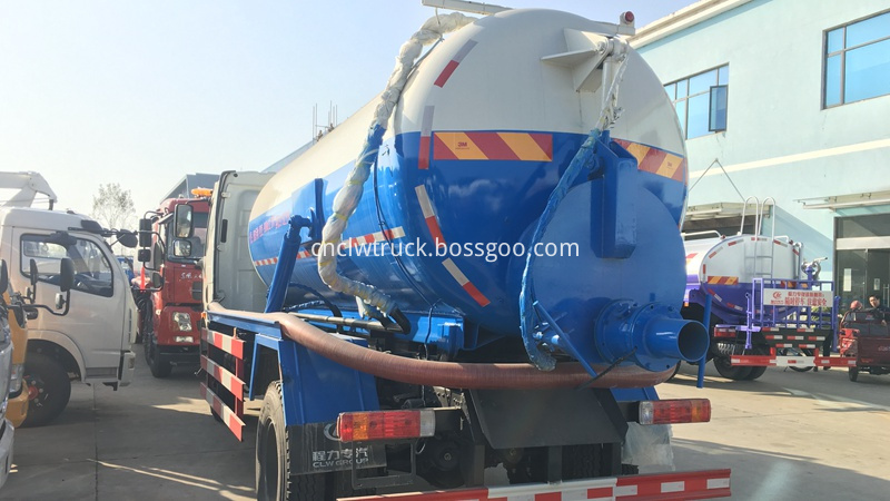 sludge suction truck 3