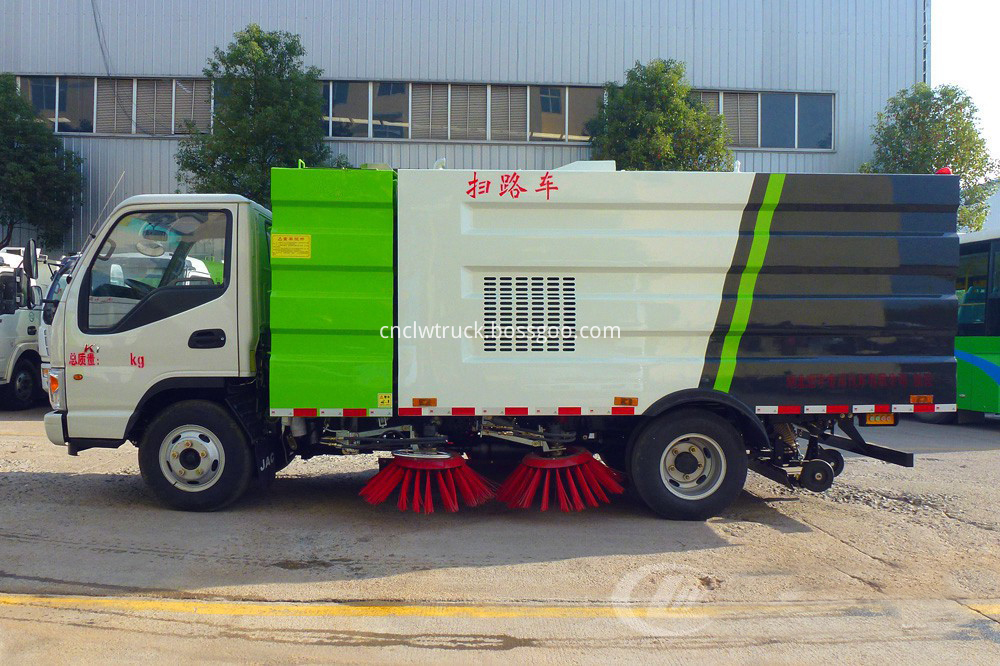 road sweeper truck cost 4