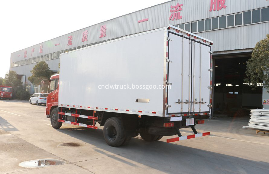 dongfeng 4x2 cargo truck 2