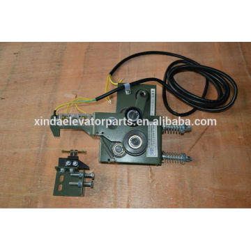 PB307C door lock for door machine/operator door lock elevator part