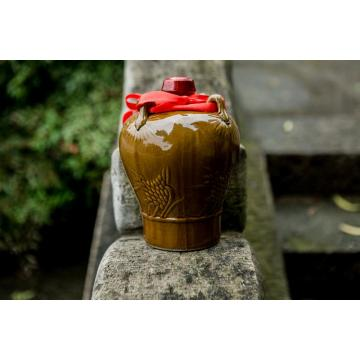 Shaoxing rice wine filled in pottery jar3 tears