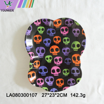 Halloween-themed party skull plate