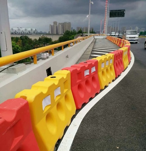 oad safety barrier Factory Price plastic