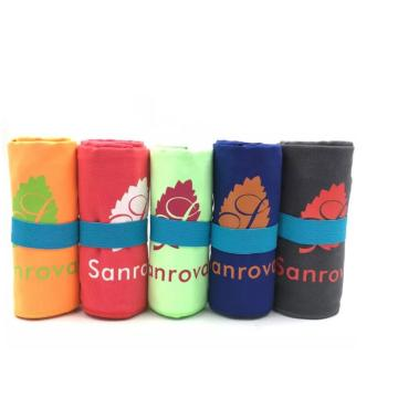 Eco-friendly customized microfiber sport towel with pocket