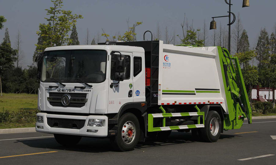Green Rubbish Truck