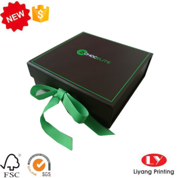 Paper packaging gift folding box with ribbon