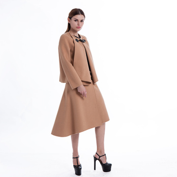 Medium-length skirt with round collar and long sleeves