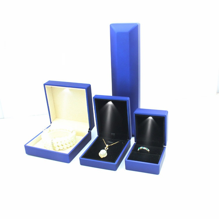 jewelry_package_box_with_led_light_Zenghui_Paper_Package_Company_32 (1)