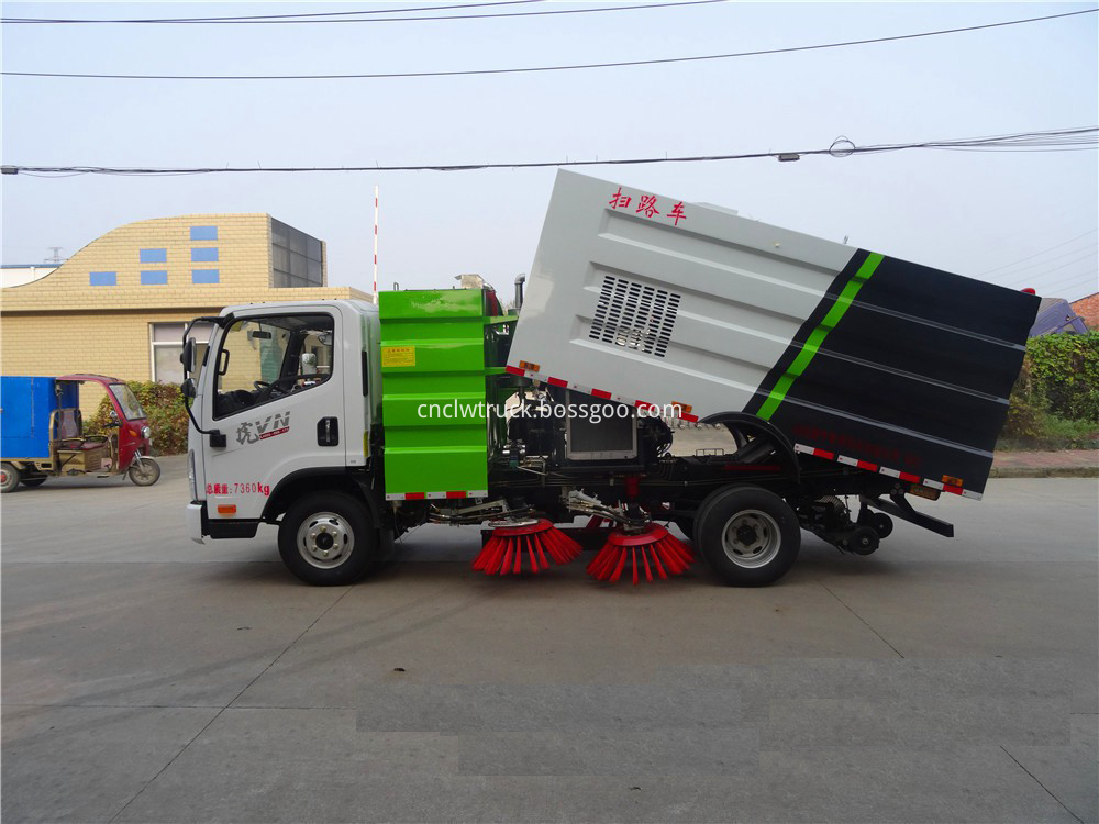 road sweeper truck for sale 2