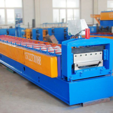 Factory customized 788mm width joint hidden metal plate rolling machine