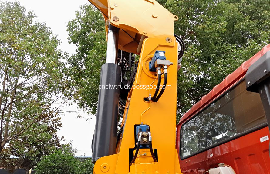 commercial truck mounted crane 5