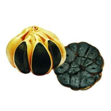 Healthy and free of pollution of black garlic