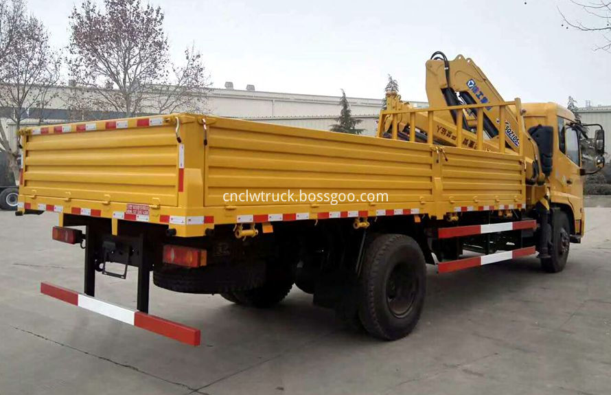 top lift crane trucks 2