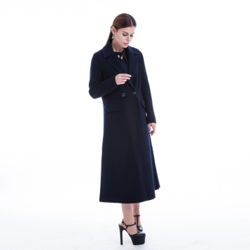 Pure cashmere overcoat in winter