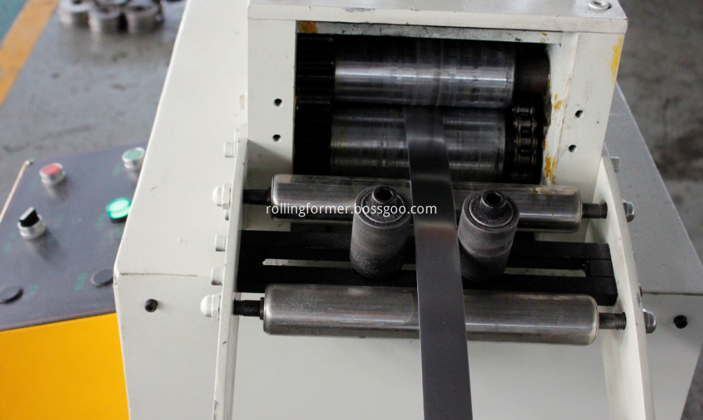Pipe Straps making machine