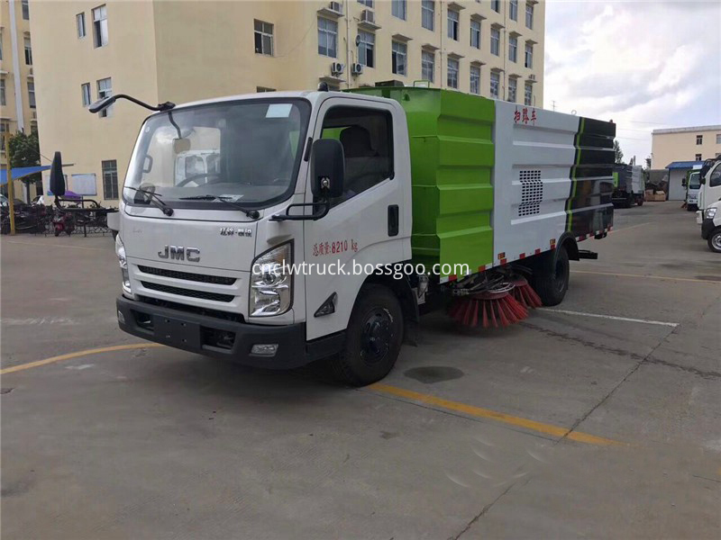 truck mounted street sweeper 4