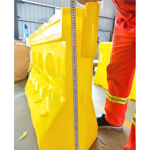 Road Safety Barrier Factory Price Plastic