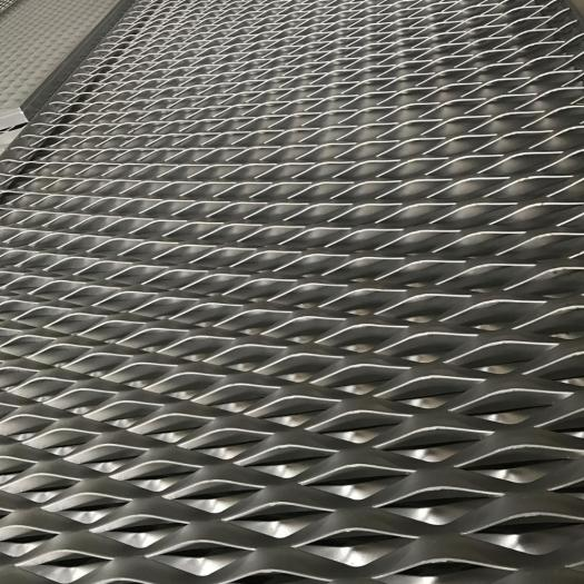 Diamond Galvanized Expanded Metal Mesh