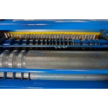 7/8 feeder cable stripper