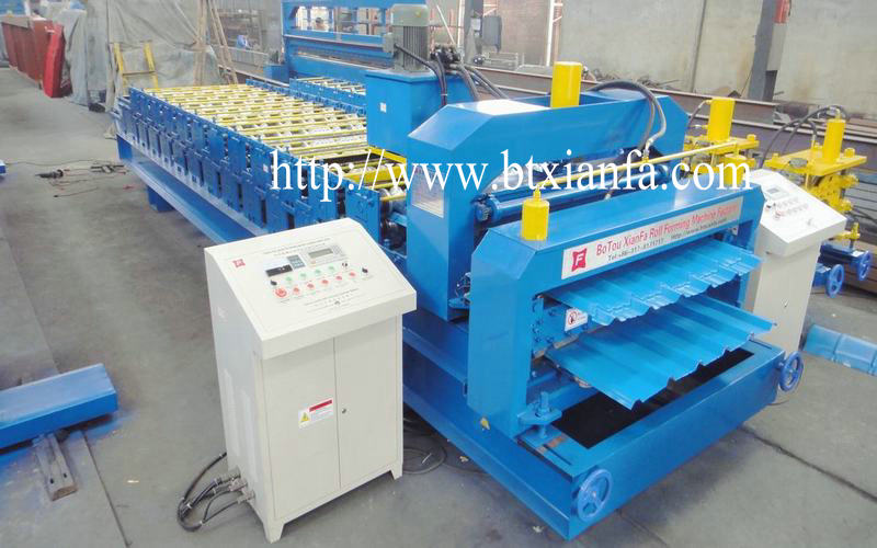 Hydraulic forming machine