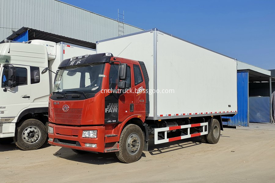 18 ton refrigerated truck