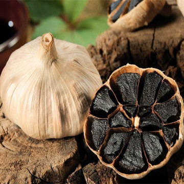 Whole Bulb peeled Black Garlic