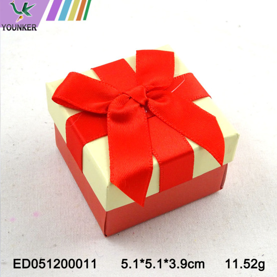 High Quality Ribbon Ring Boxes Cutome