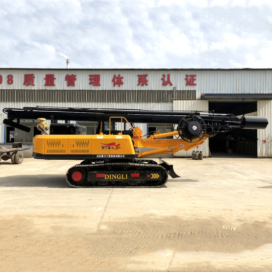 Crawler type square rod diesel rotary drilling rig