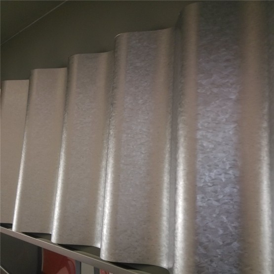 Prime Galvanized corrugated/ zinc roofing sheet