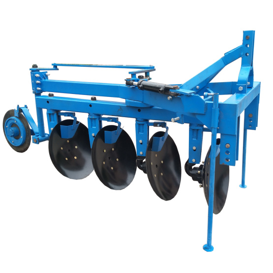 Hydraulic double way disc plough with scraper