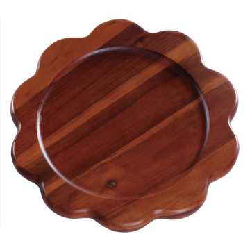Flower shape wooden cutting board