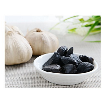 Forget to Leave of peeled Black Garlic