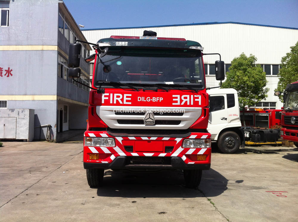 water foam fire truck 1