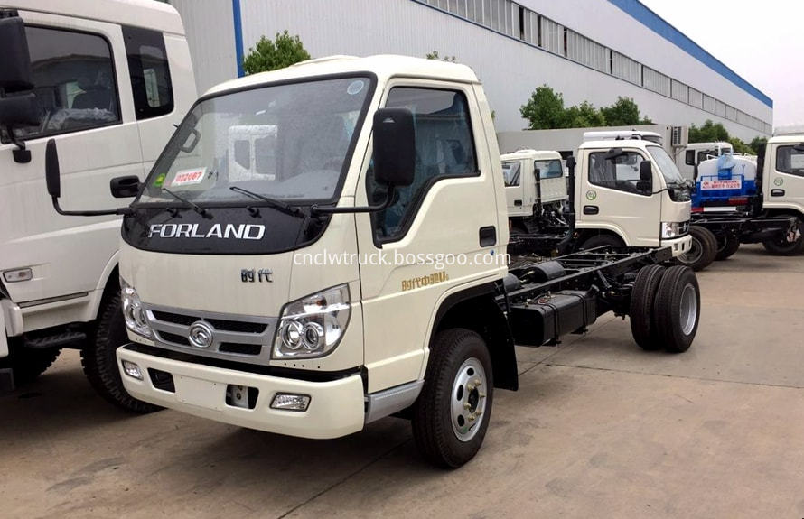 foton 3000l water truck chassis 1