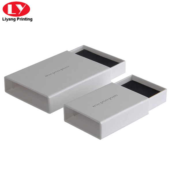 High quality sliding white jewellery gift box