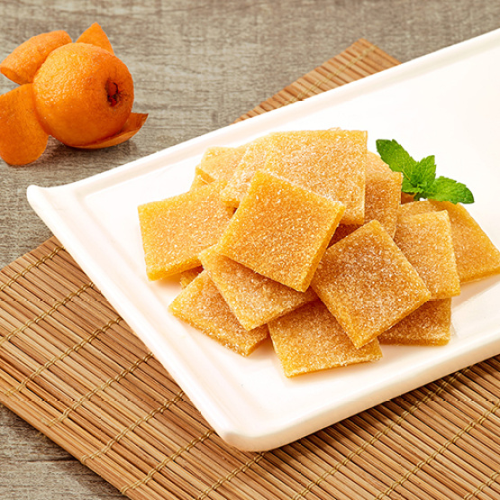 Healthy available loquat slices