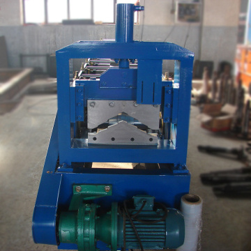Construction tile manual machine for the production of roofing ridge