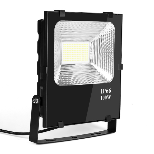 Commercial 100 Watt Led Outside Flood Lights 180-300 Volt 5 Years Warranty