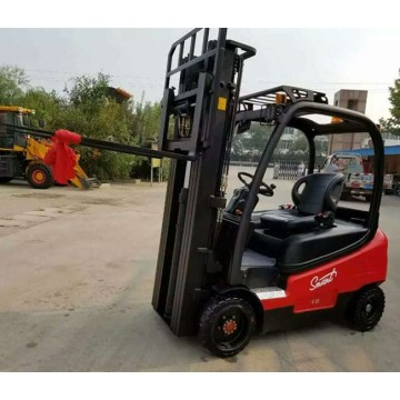 THOR  Four-wheel drive energy forklift