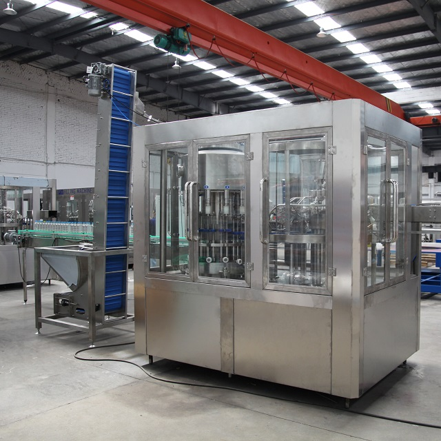 Automatic PET Bottle Filling Machine