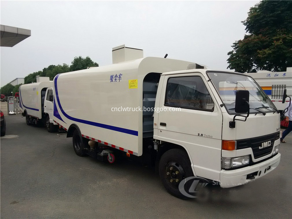sweeper truck in china 1