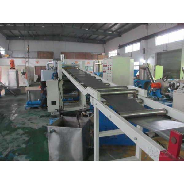 PP/PE/PVC/ABS/PMMA/PC sheet extruding production line