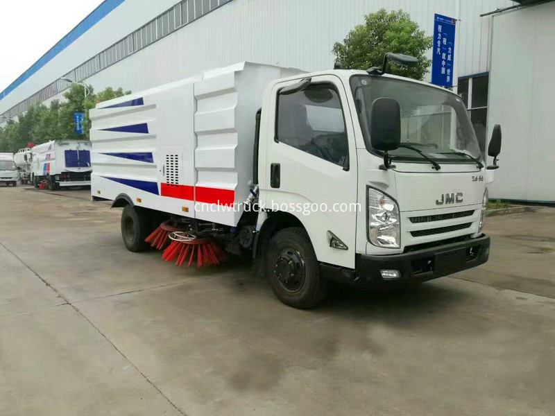 truck mounted street sweeper 1