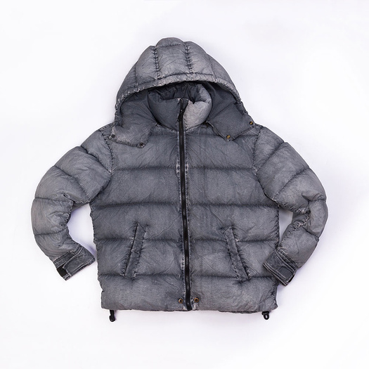 Men`s 100% Nylon garment dyed down jacket