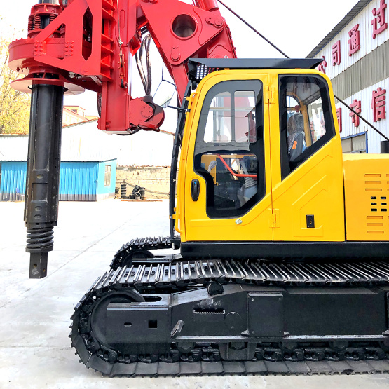 Crawler undercarriage hydraulic pile boring machine