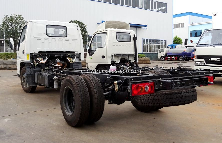 breakdown truck chassis 2